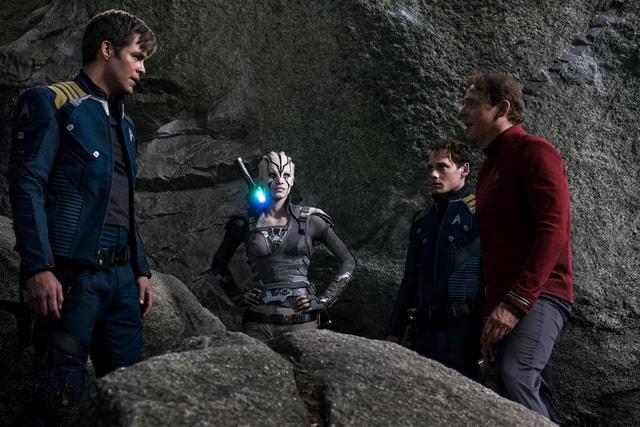 Star Trek Beyond - Kirk, Jaylah, Chekov and Scotty-min