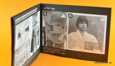 Hot Toys Luke Skywalker figure review -instructions 2