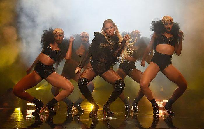 MTV Music Awards 2016 -Beyonce dancing