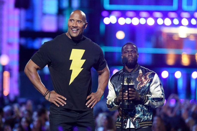MTV Music Awards 2016 - Dwayne Johnson in Black Adam shirt and Kevin Hart