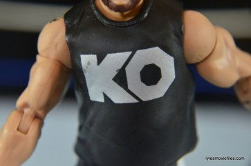 WWE Elite 43 Kevin Owens figure review - KO shirt detail