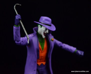 dc-icons-the-joker-figure-review-crowbar