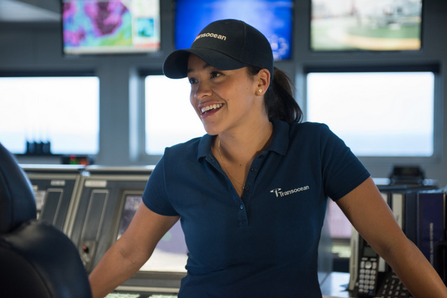 Deepwater-Horizon-review-Gina-Rodriguez