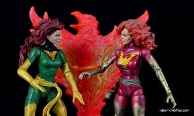 Marvel Legends Phoenix figure review - face off with Dark Phoenix