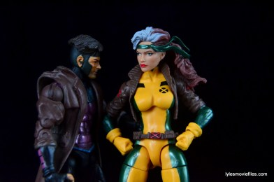 Marvel Legends Rogue figure review - with Gambit