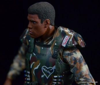 neca-aliens-series-9-frost-figure-review-shoulder-armor-detail