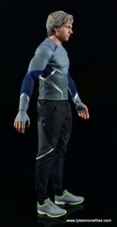 Hot Toys Quicksilver figure review - right side