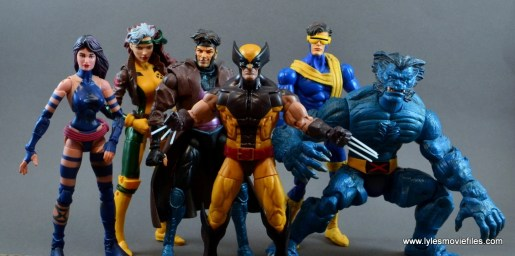 marvel-legends-wolverine-figure-review-psylocke-rogue-gambit-cyclops-and-beast