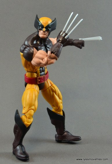 marvel-legends-wolverine-figure-review-claws-up