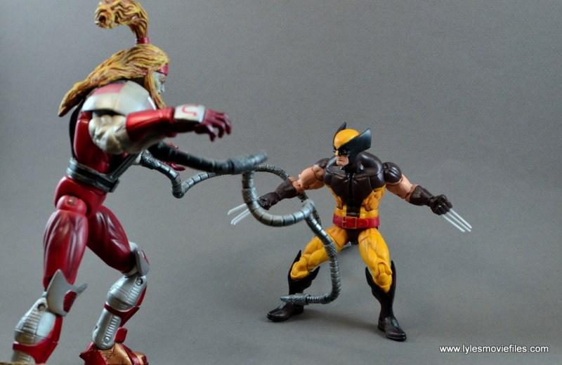 marvel-legends-wolverine-figure-review-vs-omega-red