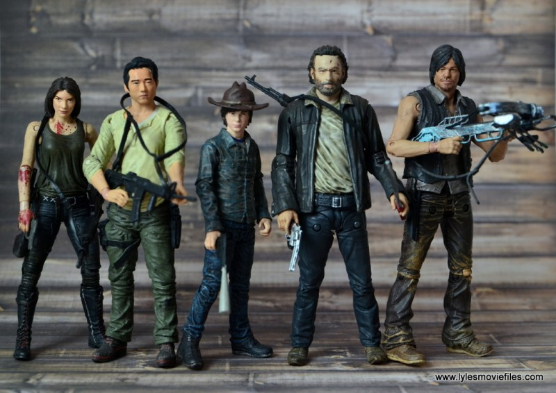 the-walking-dead-carl-grimes-figure-review-series-7-with-maggie-glenn-rick-and-daryl