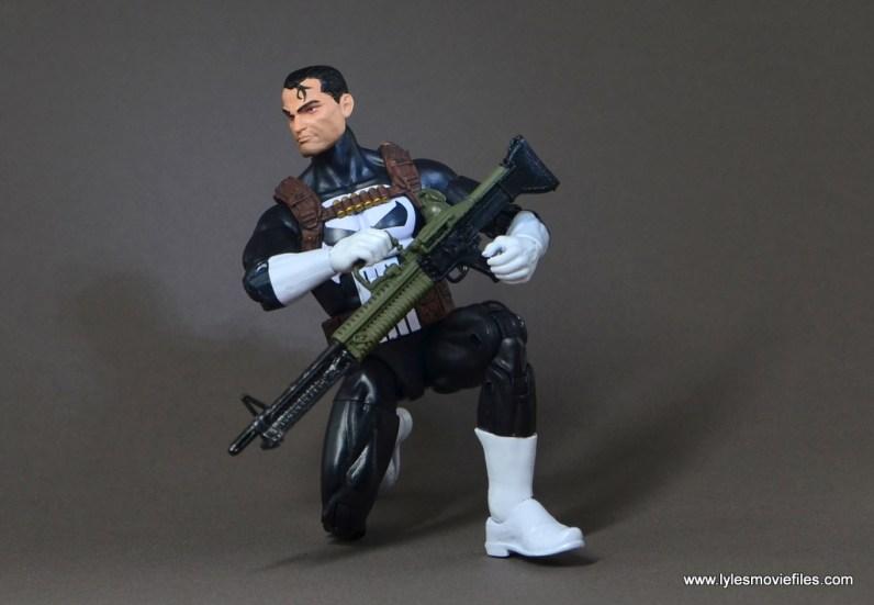 marvel-legends-punisher-figure-review-kneeling-with-machine-gun