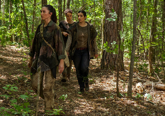 the-walking-dead swear review-kathy-beatrice-and-tara
