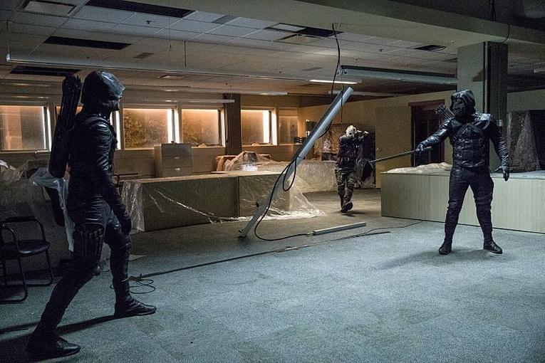 Arrow What We Leave Behind review - Green Arrow vs Prometheus