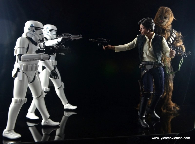 Hot Toys Stormtroopers figure review - chasing Han Solo and Chewbacca