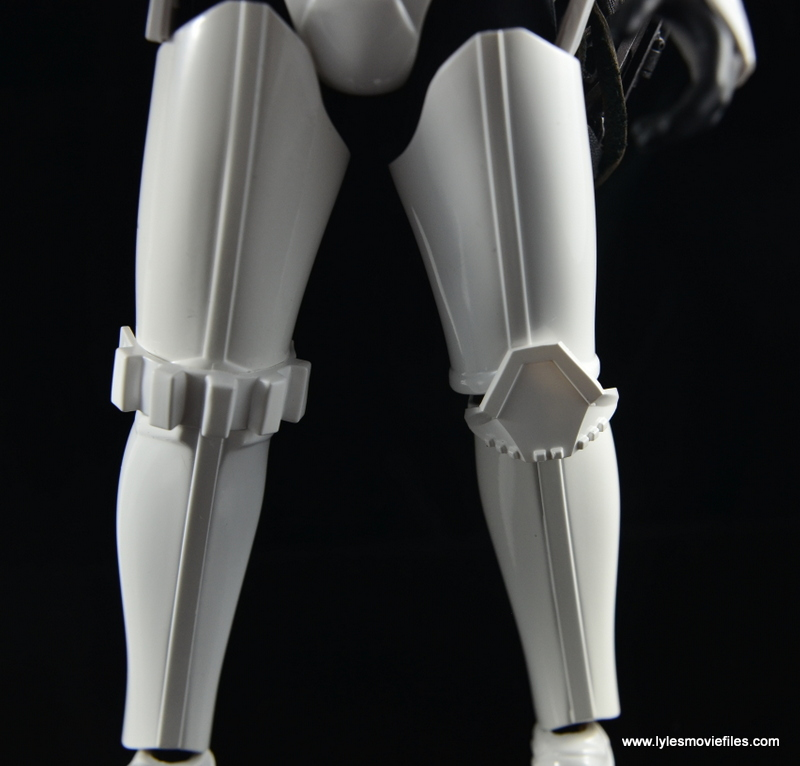 Hot Toys Stormtroopers figure review - knee pads