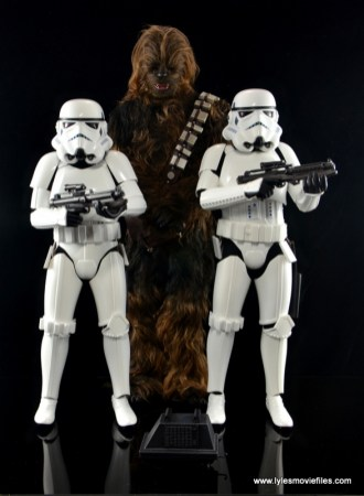 Hot Toys Stormtroopers figure review - with Chewbacca