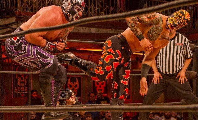 Lucha Underground Payback Time - Mil Muertes vs Prince Puma