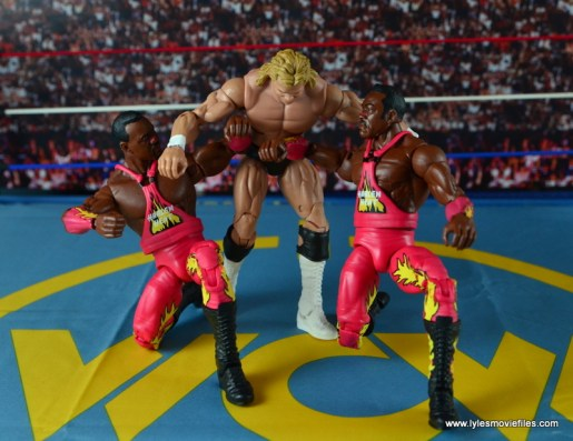 WWE Elite 46 Harlem Heat figure review - drop down elbow to Lex Luger