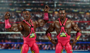 WWE Elite 46 Harlem Heat figure review - wide shot