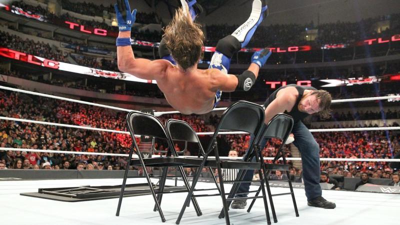 WWE TLC 2016 - AJ Styles vs Dean Ambrose 2