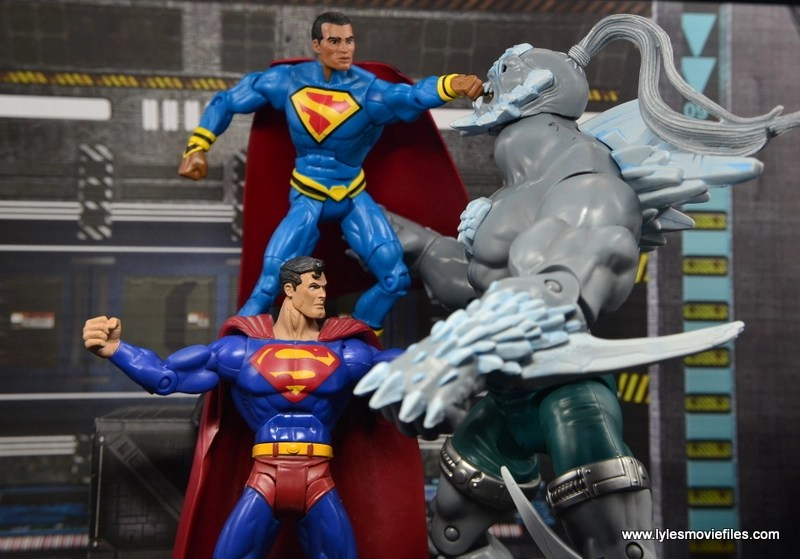 DC Multiverse Elite-23 Superman figure review - Superman battling Doomsday