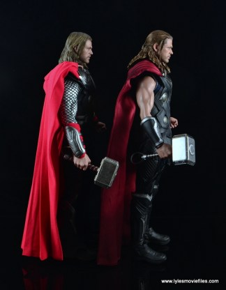 Hot Toys Thor figure review Avengers Age of Ultron -scale with Avengers Thor