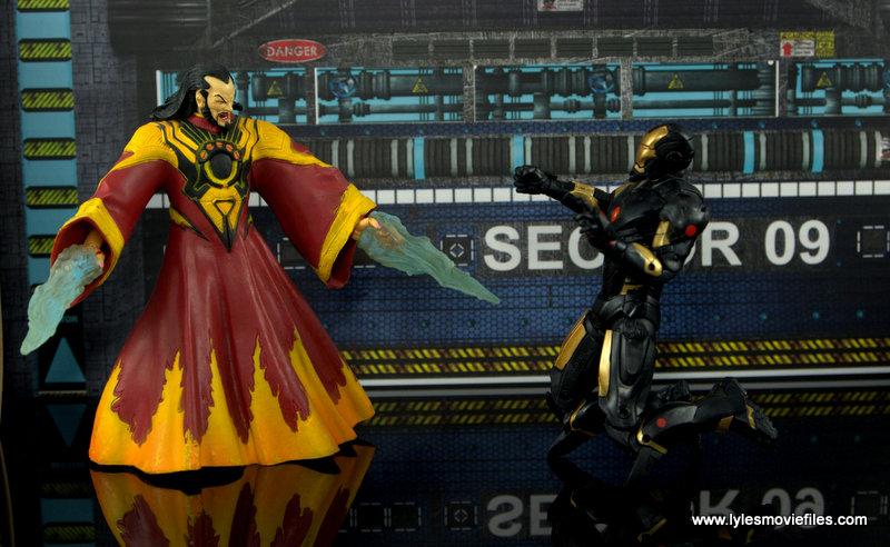 Marvel Legends Marvel Now Iron Man figure review - vs The Mandarin