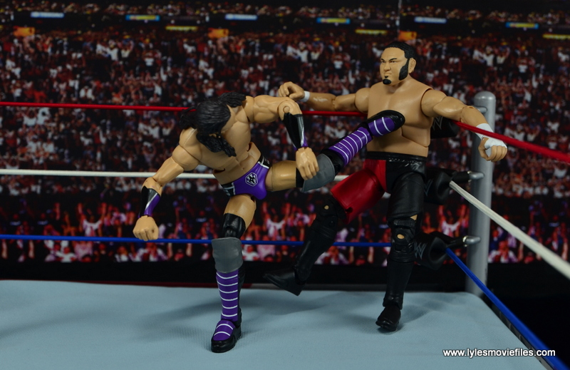 WWE Elite 42 Neville figure review - kicking Samoa Joe in the corner