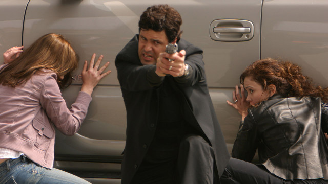 24 season 3 review -Tony-Almeida and Michelle Dessler