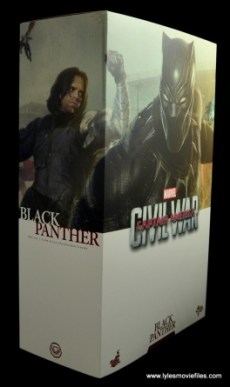Hot Toys Black Panther figure review - package right side to front