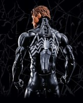 Marvel Legends Toy Fair 2017 - SYMBIOTE-SPIDERMAN_Back