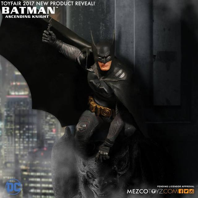 Mezco Toys One:12 Batman 1st appearance