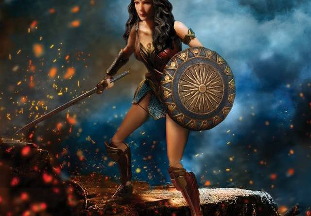 Mezco Toys Wonder Woman