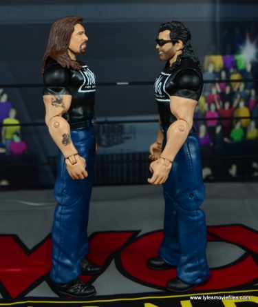 WWE Mattel The Outsiders Battle Pack figure review - side 1