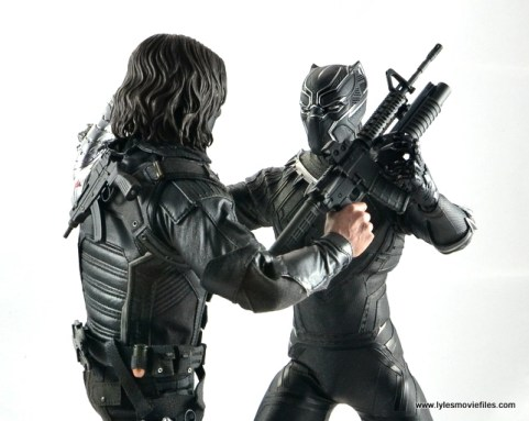 Hot Toys Black Panther figure review - vs Bucky
