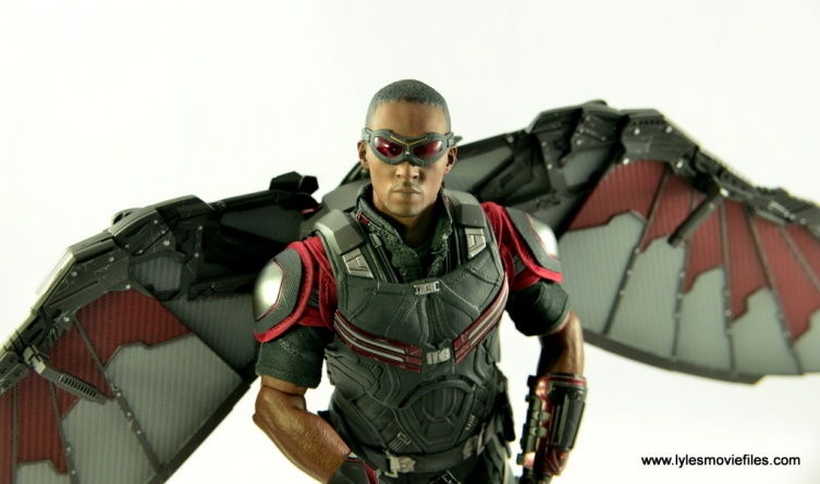 Hot Toys Captain America Civil War Falcon figure review -main pic