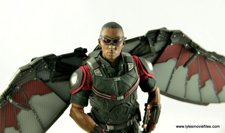 Hot Toys Captain America Civil War Falcon figure review -main pic