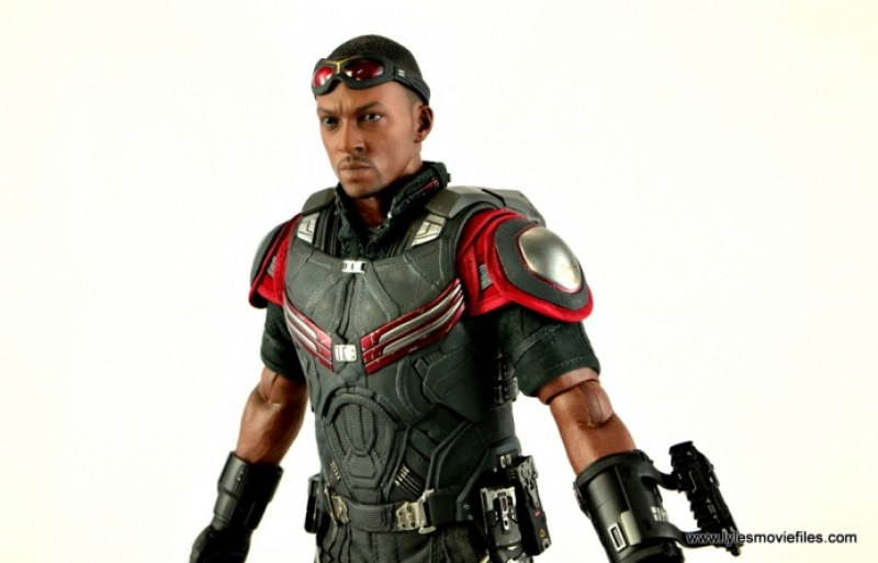 Hot Toys Captain America Civil War Falcon figure review -slight left side