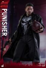 Hot Toys Netflix The Punisher figure -wider shot of Bang moment