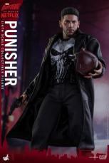 Hot Toys Netflix The Punisher figure -wider shot of Bang moment