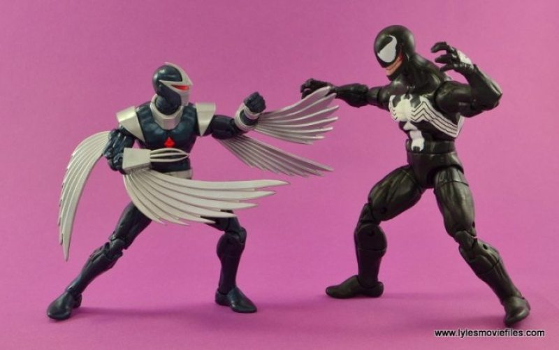 Marvel Legends Darkhawk figure review - vs Venom