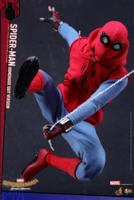 Spider-Man Homecoming Homemade Suit - swinging