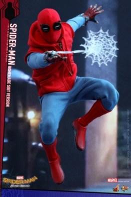 Spider-Man Homecoming Homemade Suit - web blast