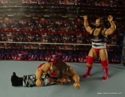 WWE Elite Natural Disasters figure reviews -flattening Luke