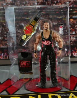 WWE nWo Wolfpac Kevin Nash Elite figure review -accessories in tray