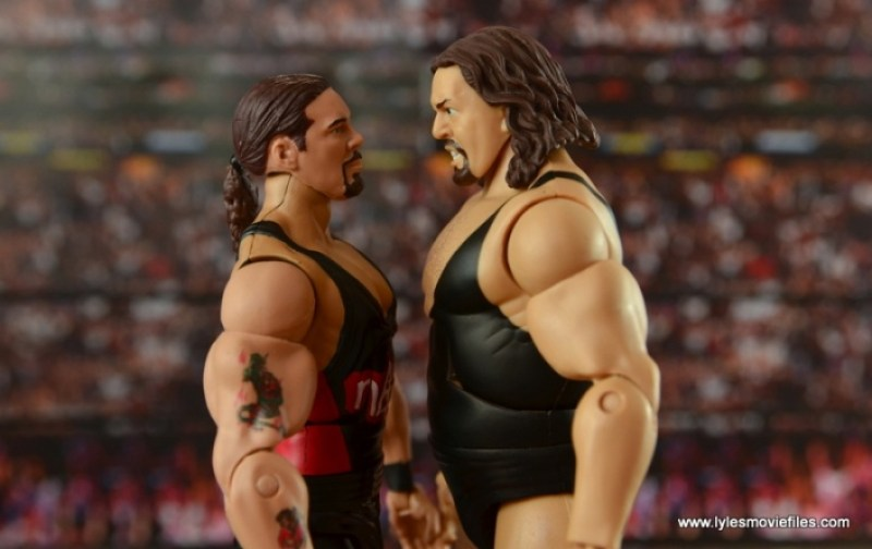 WWE nWo Wolfpac Kevin Nash Elite figure review -looking up to The Giant