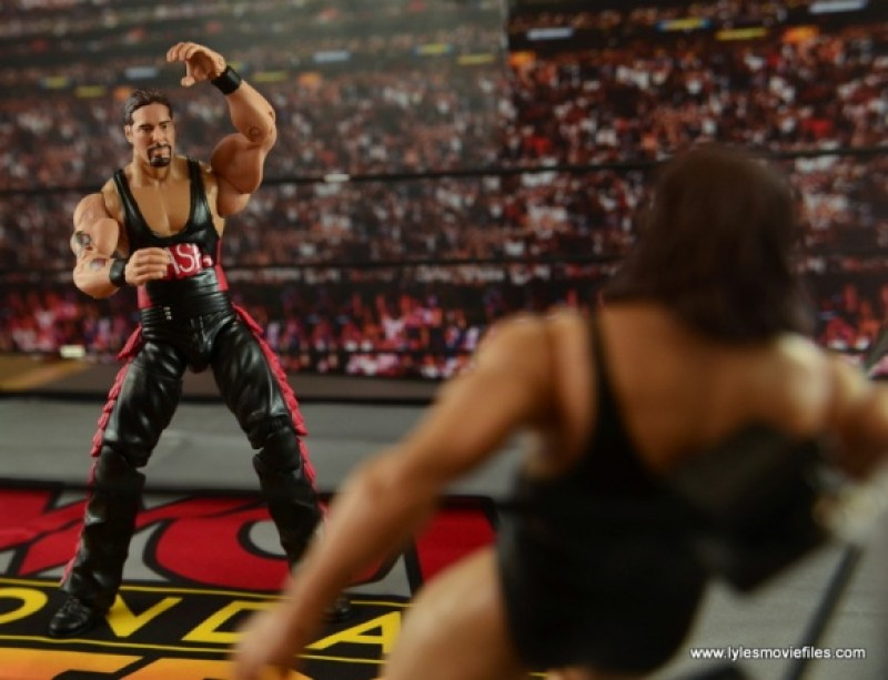 WWE nWo Wolfpac Kevin Nash Elite figure review - sizing up The Giant