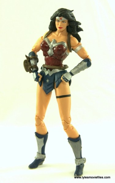 DC Icons Wonder Woman figure review -superhero pose