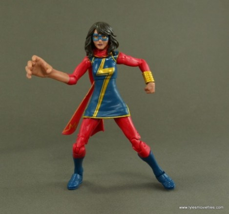 Marvel Legends Ms. Marvel figure review -embiggen hands